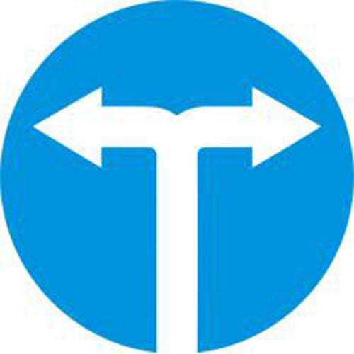 Biển báo hiệu các xe chỉ được rẽ trái và rẽ phải