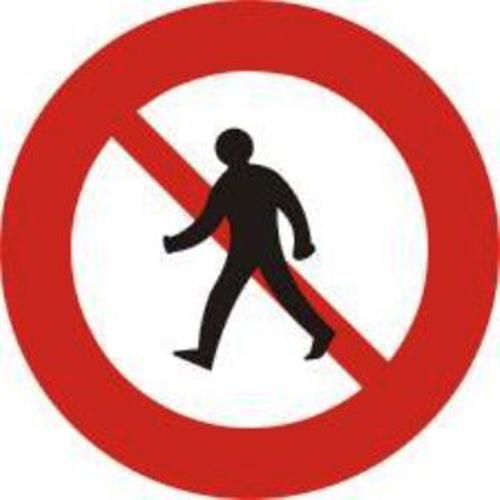 Biển báo cấm người đi bộ