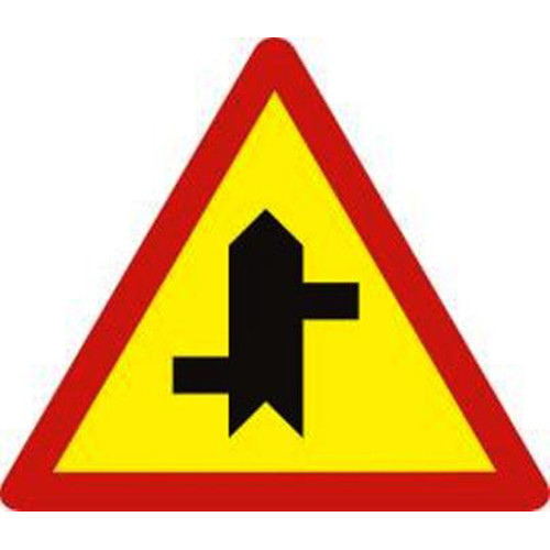 Biển báo hiệu giao nhau với đường không ưu tiên - W.207d
