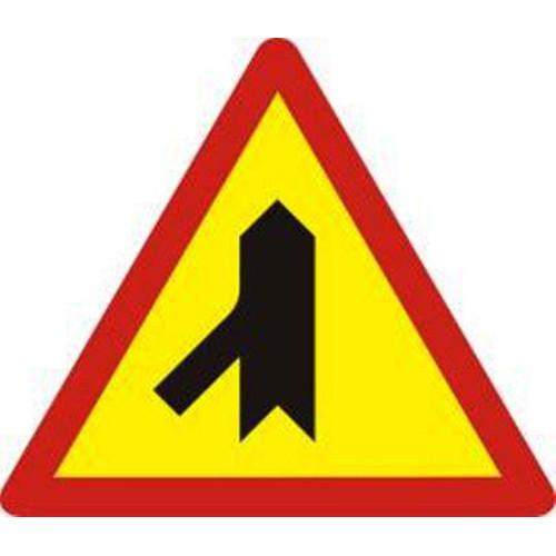 Biển báo hiệu giao nhau với đường không ưu tiên - W.207e