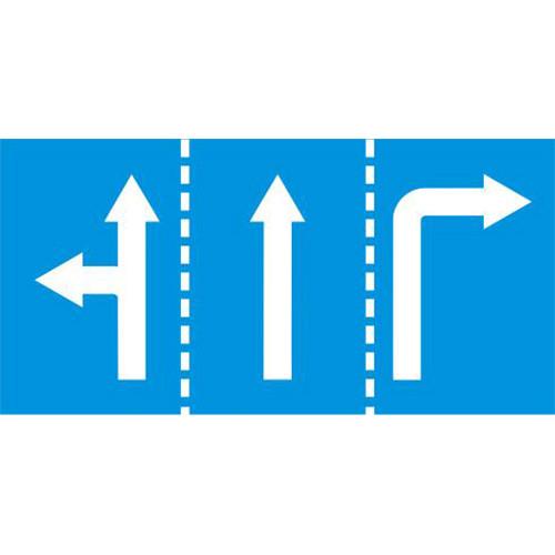 Biển báo hướng đi trên mỗi làn đường theo vạch kẻ đường